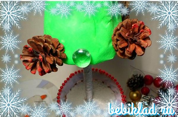украсить ель из пенопласта