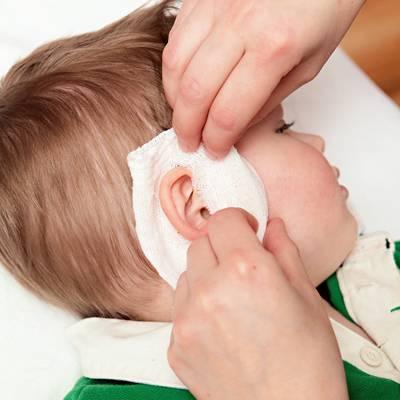 Что делать если болит ухо
