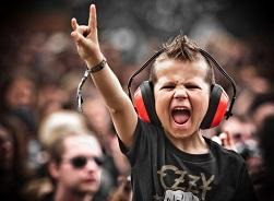 kak-vliyaet-rok-muzyika-na-psihiku-detey