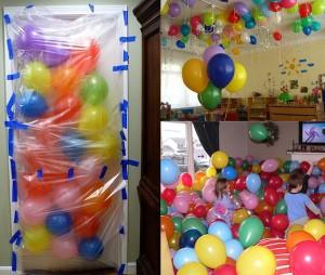 Сюрприз имениннику проснулся открыл дверь а воздушные шары посыпятся прям ...