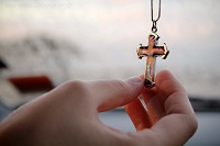 драгоценный крестик