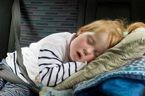 храпит ребенок во сне