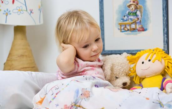 Боль в ухе у ребенка