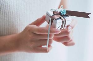 как выбрать кольцо в подарок