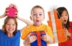 как выбрать подарок детям