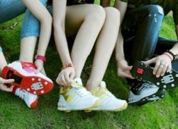 кеды или кроссовки детям