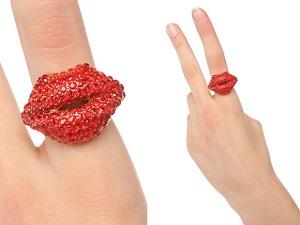 кричащее кольцо