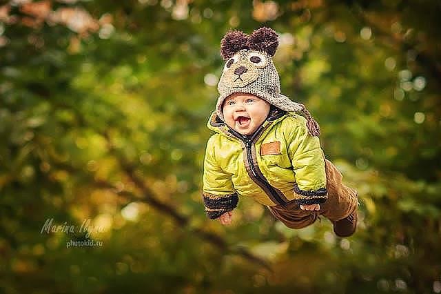 летающий ребенок