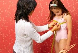 видео фото как начинают расти волосы на лобке у девочки