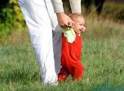 ребенок боится сам ходить