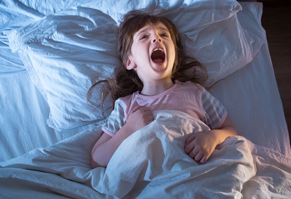 ребенок кричит и плачет во сне фото 3