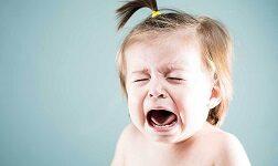 ребенок плачет 10 часов