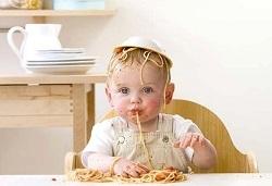 сколько должен съедать малыш
