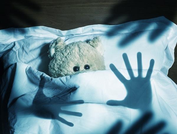 Ребенок плачет по ночам почему малыш плачет причины
