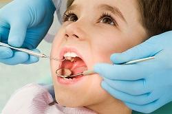 зубной врач болит зуб